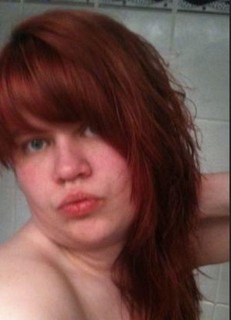 BiggiBlue32 - Ich bin eine dominante Frau mit roten Haaren!