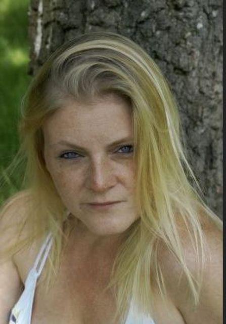 BlondLady - Geschäftsfrau, Mitte 30, sucht...